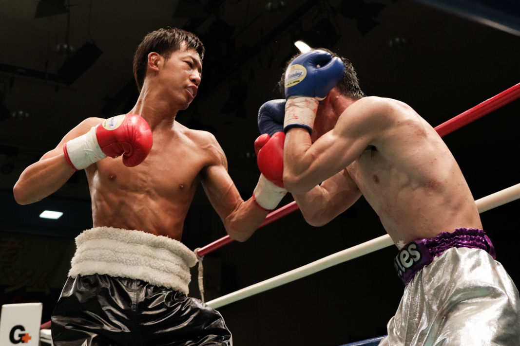 中川 勇太(角海老宝石) vs岡畑 良治(セレス)