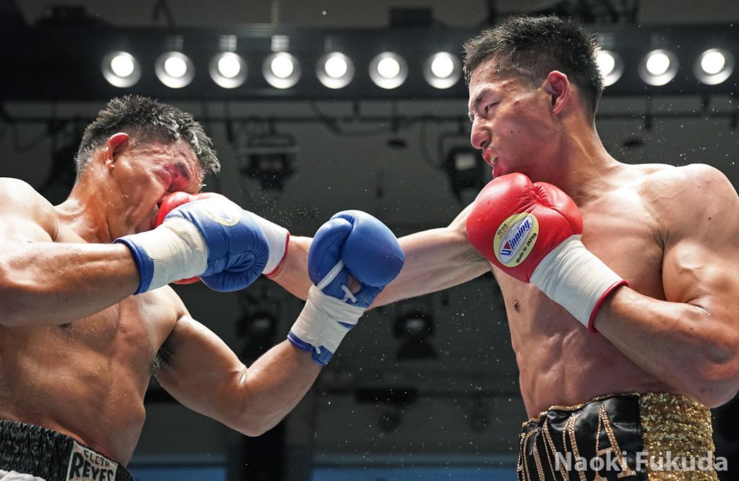 福本 祥馬(角海老宝石) vsアーネル・ティナンパイ(比国) Photo by 福田直樹