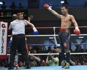 永野祐樹が2回TKO勝ち 日本ウェルター級初防衛