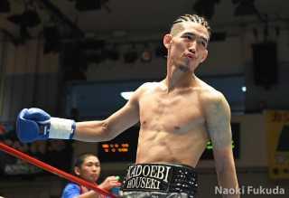 住田 愛斗(角海老宝石) vs屋根内 譲太(REBOOT) Photo by 福田直樹