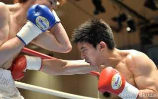 遠藤 勝則(角海老宝石) vs松井 翔(横浜光) Photo by 福田直樹