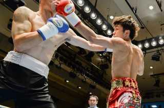 星 大翔(角海老宝石) vs小玉 将(新日本仙台)