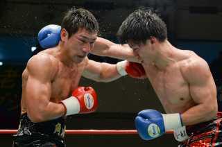 渡部 あきのり(角海老宝石) vs井上 岳志(ワールドスポーツ)