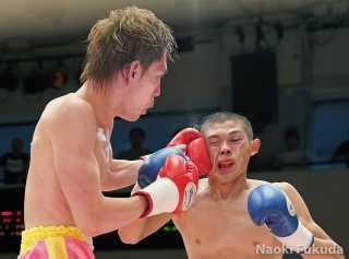 土屋諒太(角海老宝石)vs中塚貴大(JBS)
