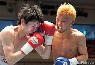 下沖 克徳(角海老宝石) vs森 道晴(八王子中屋) Photo by 福田直樹