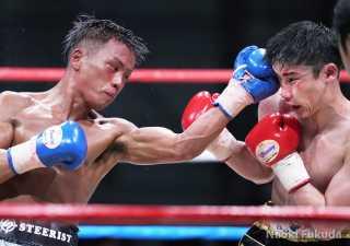 木村 蓮太朗(駿河男児)vs齊藤 陽二(角海老宝石)Photo by 福田直樹